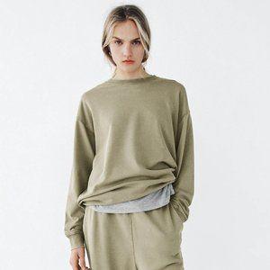 Zara Slouchy Crewneck Sweatshirt M